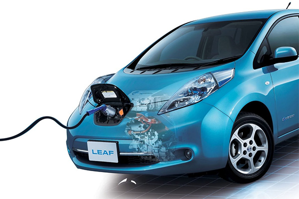 The Nissan LEAF battery as an alternative energy source
