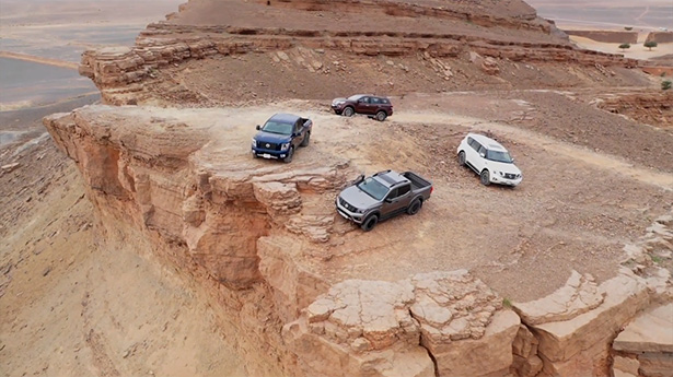 Nissan Pickups Brave The Rigours of the Sahara Desert